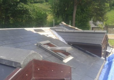 Installing Velux windows into slate tile roof